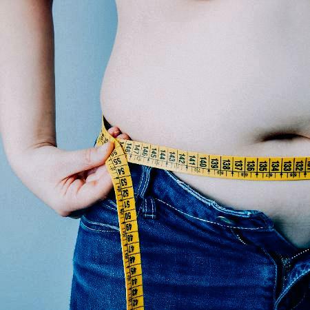 obesidade-barriga-fita-metrica