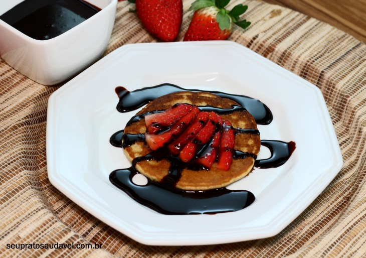 mini panqueca com chocolate 5